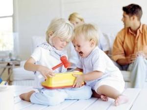 Cómo reaccionar si tu hijo pega